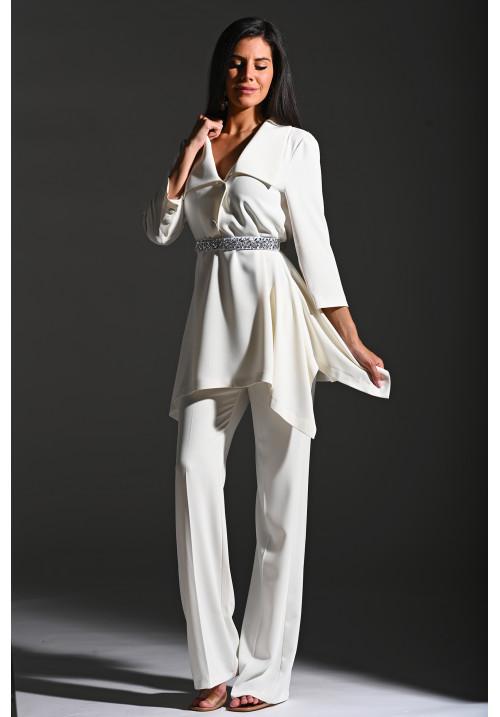 Bethany kosztüm fehér