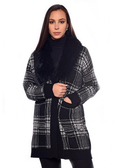 Kockás kötött kabát